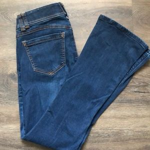 Wit & Wisdom Ab-solution IttyBitty Bootcut Jeans